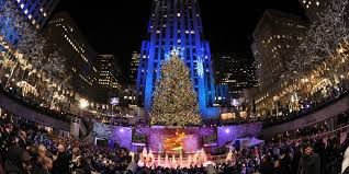 Rockefeller Tree Rockefeller Tree Lights Up In New York Hello Big Apple