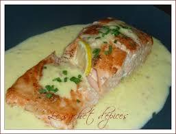 comment cuisiner le pavé de saumon pavé de saumon et sa sauce au beurre d agrumes le sachet d épices