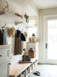 27 cozy and simple farmhouse entryway décor ideas digsdigs