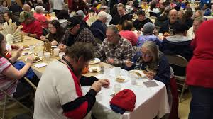 salvation army thanksgiving volunteer traditional day before holiday meal gives many a feeling of family