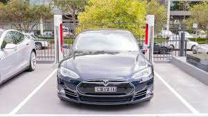 tesla charging tesla u0027s first rural aussie supercharger is in goulburn gizmodo