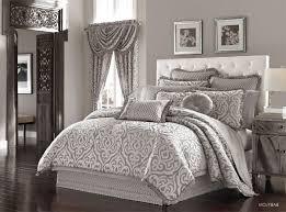 Elegant Comforter Sets J Queen New York Babylon 4 Piece King Luxury Comforter Set Silver