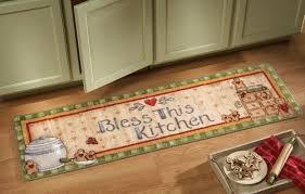 christmas kitchen rugs amazon com