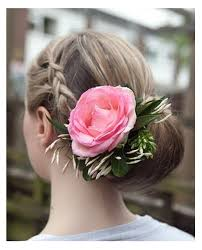 Real Flowers - wedding hair with flowers ideas festival inspired hair braids