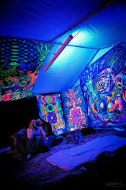 black light bedroom trippy bedrooms free online home decor oklahomavstcu us