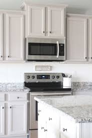 Kitchen Cabinets Chalk Paint by Best 25 Laminate Cabinets Ideas On Pinterest Redo Laminate