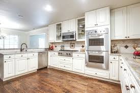 Small White Kitchens Designs by 1000 Ideas About Small White Kitchens On Pinterest Small Classic