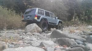 vaterra ascender jeep comanche pro reaper rc the waterfall revisited scx10 ii 2000 jeep cherokee