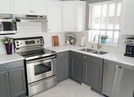 Kitchen Cabinet Photos Tip Of The Week For Homeowners Spruce Up Your Kitchen Cabinets