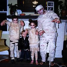 Grandma Grandpa Halloween Costumes 6 Adorable U0026 Fun Family Halloween Costumes Thegoodstuff