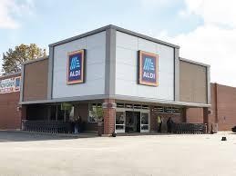 aldi re opens store in o fallon o fallon weekly