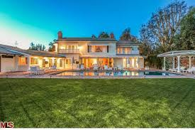 Bel Air Mansion Mariah Carey Lists Her Bel Air Mansion For 13 Million Pursuitist