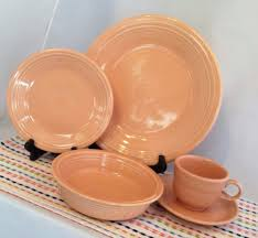 fiestaware pink retired apricot 5 place setting hlc fiestaware