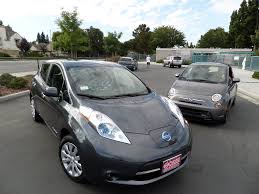 nissan leaf sv vs sl review 2013 fiat 500e vs 2013 nissan leaf ebay motors blog