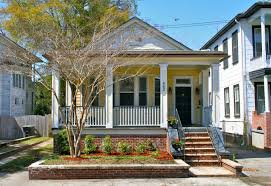 craftsman style bungalow classic 1930s bungalow at 462 huger st charleston sc in hampton