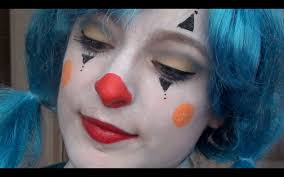 Halloween Clown Makeup by Thank You Hammer Horror For Using Midgets In Clown Makeup Clown