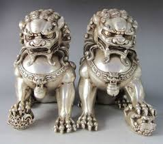 foo dog statues a pair of silver guardian lion foo fu dog statues in