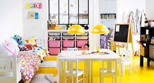 dans la chambre 20 idées rangement pour plus espace dans chambre d enfant