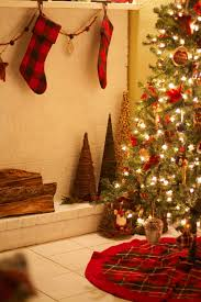 How To Decorate Your House For Christmas Outside House Holiday Christmas Outside House Decorations Ture Light Decorating