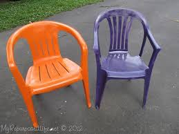 Outdoor Furniture Plastic Chairs by Spray Paint Plastic Chairs Spray Painting Patios And Sprays