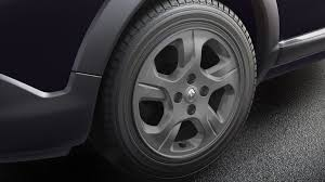 renault lodgy price renault lodgy stepway alloy wheels pics carblogindia