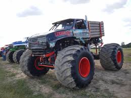 nitro circus monster truck monster truck throwdown soaring eagle casino 2016 wheels water