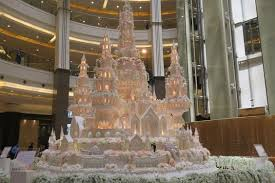 wedding cake murah dan enak intip megahnya tren kue pengantin bertema fairy tale thewedding