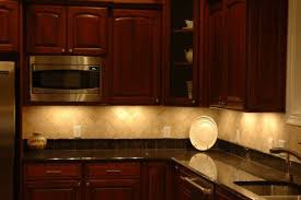 Kitchen Under Cabinet Lighting Usuful And Decorative Solutions - Kitchen under cabinet lights