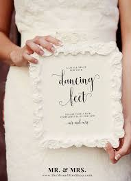 Mr And Mrs Sign For Wedding 1000 Ideer Om Wedding Dancing Shoes På Pinterest