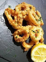 cuisiner des calamars recette de calamars à la romaine par la popotte coup de c eur de maman