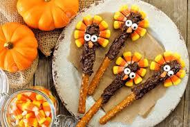 thanksgiving turkey pretzel rods with corn overhead