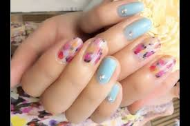 enjoy learning nail technique in tokyo voyagin