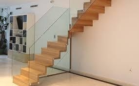 treppen aus holz holztreppe fhs treppen treppenhersteller für fachkunden