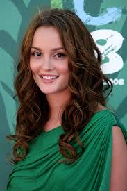 cute with semi curly hair easy hairstyles for college girls