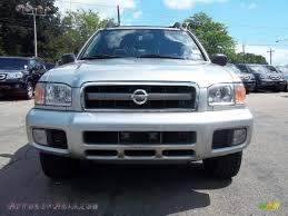 pathfinder nissan 2003 2003 nissan pathfinder se 4x4 in chrome silver metallic photo 5