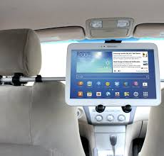 support tablette voiture entre 2 sieges idées cadeaux dédiées à la voiture et à l auto