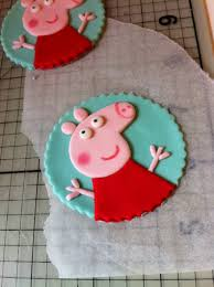 peppa pig cupcakes how to make peppa pig cupcake toppers or cookies from fondant