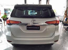 fortuner specs toyota fortuner 2018 model spy shoot car review 2018