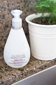 Kitchen Cabinet Cleaning Products by Kitchen Clean Up With Method Copycatchic