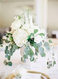 white flower arrangements white flower arrangement ideas 11833