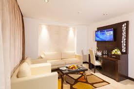 hotel avec baignoire baln駮dans la chambre 41 images x240 rz7
