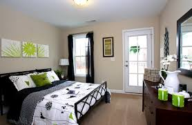 bedroom engaging small guest bedroom decorating ideas space with