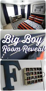 big boy room reveal designer trapped in a lawyer s body what a fabulous boy s room check out this full boy s room reveal by designer trapped