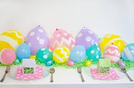 easter 2017 trends easter egg balloon table runner itsy belleitsy belle