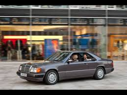 1986 1996 mercedes benz c 124 series front and side speed