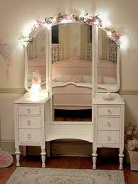 Shabby Chic Vanities by Best 25 Shabby Chic Mirror Ideas On Pinterest Shaby Chic