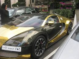 car bugatti gold amazing gold and silver bugatti veyron in london youtube