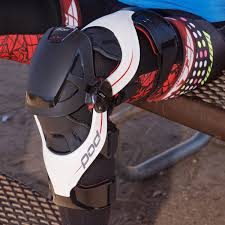 most comfortable motocross boots pod k4 knee brace review mimics human ligaments for comfort