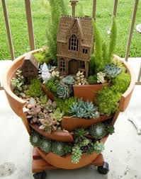 Mini Fairy Garden Ideas by Fairy Garden Containers With Broken Pot Fairy Garden And Unique