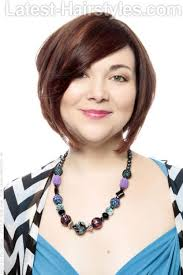 hair styles for oldb women with double chins 33 short hairstyles for round faces you can rock